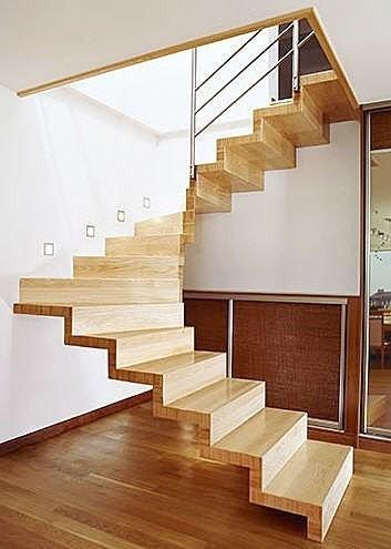 Escaleras suspendidas for Apliques para escaleras