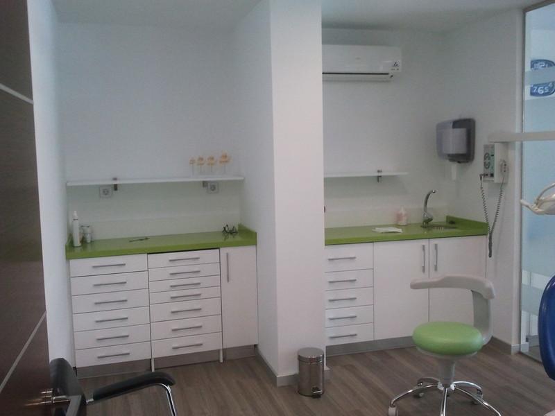 Muebles de laboratorio de protesis dental - Muebles para clinicas dentales ...